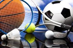 四体育、很多球和材料 免版税库存照片