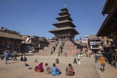 四名妇女在Durbar广场, Bhaktapur 库存图片