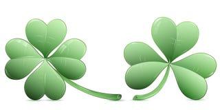 四片叶子三叶草和三个叶子三叶草象 免版税库存照片