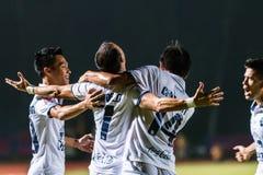 四色菊泰国10月15日:武里喃府Utd的球员 免版税库存图片