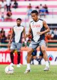 四色菊THAILAND-JUNE 29 :Ekkachai曼谷Utd Sumrei  免版税库存照片