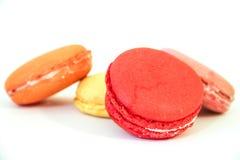 四Macarons在白色背景 库存照片