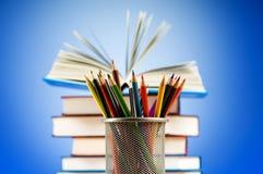 回到与书的学校概念 库存照片