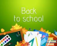 回到与黑板和供应的学校背景 免版税库存图片