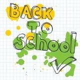 回到学校乱画字法和小铅笔 导航与绿色和黄色污点的例证在方形字体方格纸 免版税库存照片