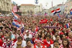 回家在最后的国际足球联合会2018年世界杯以后的克罗地亚队 免版税库存图片