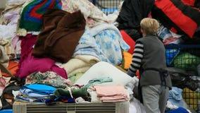 回收衣物&纺织品 股票视频