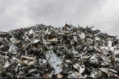 回收钢山  免版税库存照片