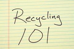 回收101在一本黄色便笺簿 免版税库存图片