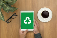 回收绿色生物eco森林挽救环境和谐ecosyst 免版税图库摄影
