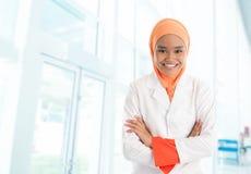 回教女性护士在医院 免版税图库摄影