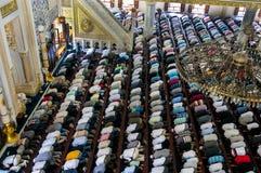 回教星期五祷告Tunahan清真寺土耳其 免版税库存图片