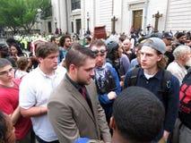 团结正确的支持者在集会在8月 库存图片