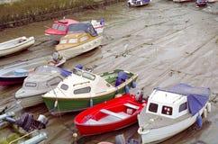 团结的小船达特矛斯英国王国低潮 库存图片