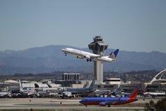 团结的空中航线波音737-924ER 免版税库存照片