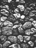 困厄海或海洋海岸海滩石头,小卵石纹理 免版税库存照片