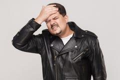 困厄的人有一个问题 感人的头和有头疼 免版税库存图片