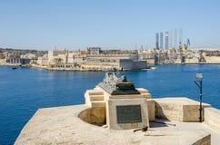 围困响铃战争纪念建筑在瓦莱塔,马耳他 图库摄影