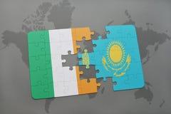 困惑与爱尔兰和哈萨克斯坦国旗世界地图背景的 向量例证