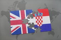 困惑与英国和克罗地亚的国旗世界地图背景的 免版税库存图片