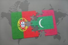 困惑与葡萄牙的国旗和在世界地图背景 库存照片