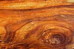 困难被打结的木头 库存图片