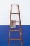 固定的梯子 免版税库存图片