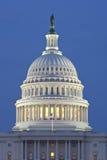 国会大厦圆顶晚上我们 库存图片