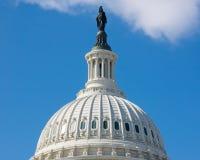 国会大厦覆以圆顶我们 库存图片