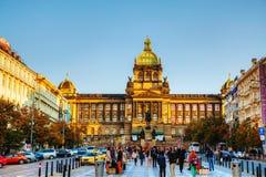 国家博物馆的大厦在一个晴天的布拉格 免版税库存图片