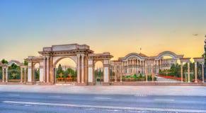 国家宫殿,塔吉克斯坦的总统的住所,在杜尚别 库存照片