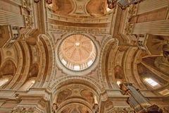 国家宫殿- Mafra大教堂  免版税图库摄影