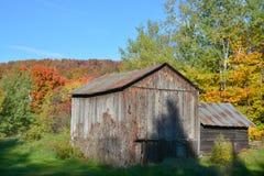 国家边的老农场 库存图片