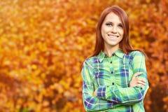 国家(地区)女孩微笑 免版税库存图片