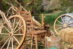 国家(地区)椅子和干草捆 库存图片