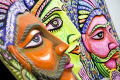 国王和女王/王后大大小五颜六色的面具 免版税库存照片