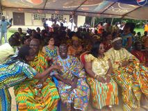 国王和部族领导国庆节年会在人阿肯人中在象牙海岸 库存照片