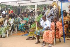 国王和部族领导年会国庆节在人阿肯人中 库存图片