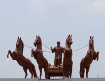 国王骑乘马运输车 免版税库存图片