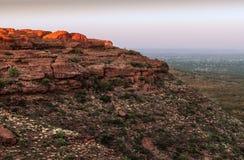 从国王` s峡谷,澳大利亚上面的黎明前光  库存照片