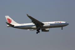 国航空中客车A330-200飞机北京机场 免版税图库摄影