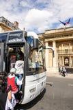 国际游人在巴黎,法国 免版税图库摄影