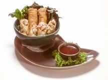 国际烹调盘在餐馆 免版税库存图片