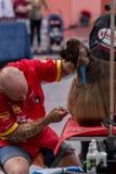 国际狗化妆竞争在Sant安东尼de卡隆赫在西班牙, 19 05 2018年,西班牙 图库摄影