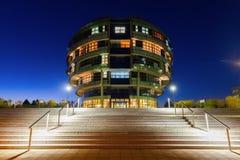 国际神经科学学院在汉诺威,德国,在晚上 免版税库存照片