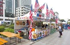 国际街道食物节日是一个最普遍的fo 免版税库存照片