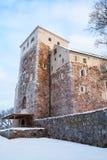 图尔库城堡在冬天,垂直的照片 图库摄影