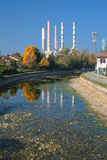图尔比戈米兰:烟囱和运河 免版税库存照片