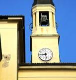 图尔比戈老摘要在意大利塔响铃晴天 库存图片