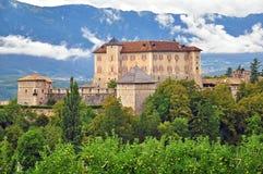 图恩城堡,意大利 免版税库存图片